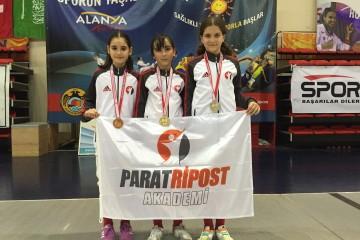 Uluslararası Çocuk Kupası'nı 6 Madalya ve 1 Kupa İle Tamamladık